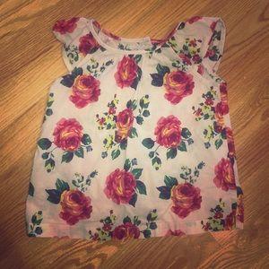 EXCELLENT condition floral shirt 4t!